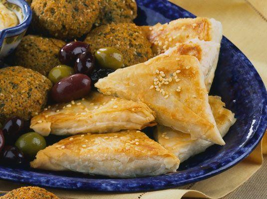 ���� - Bourekas: Pastelarias queijo-enchidos Savory