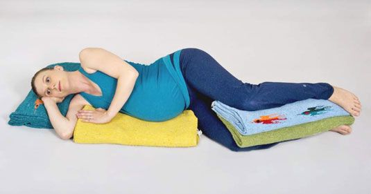 ���� - Como fazer posturas Gravidez Yoga