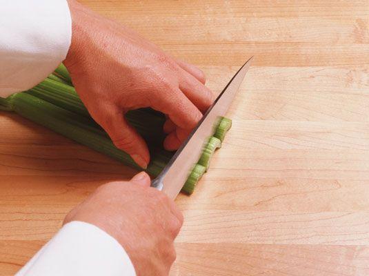 ���� - Como usar facas de cozinha com segurança