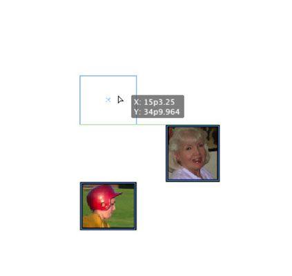 Clique e arraste uma forma em torno de um outro para ver a interação com guias inteligentes.
